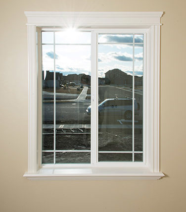 Windows doors castlerock homes custom homes in east idaho for Queen anne windows